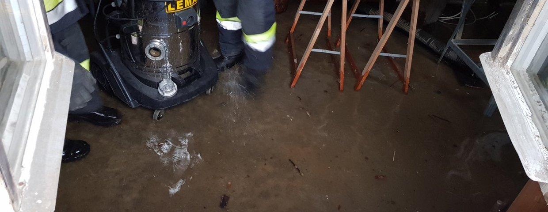 Überschwemmter Keller in Weißenbach